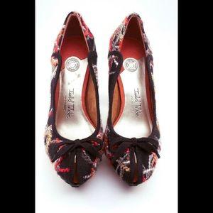 Isabel Toledo sz 9 bow heels brown gray red